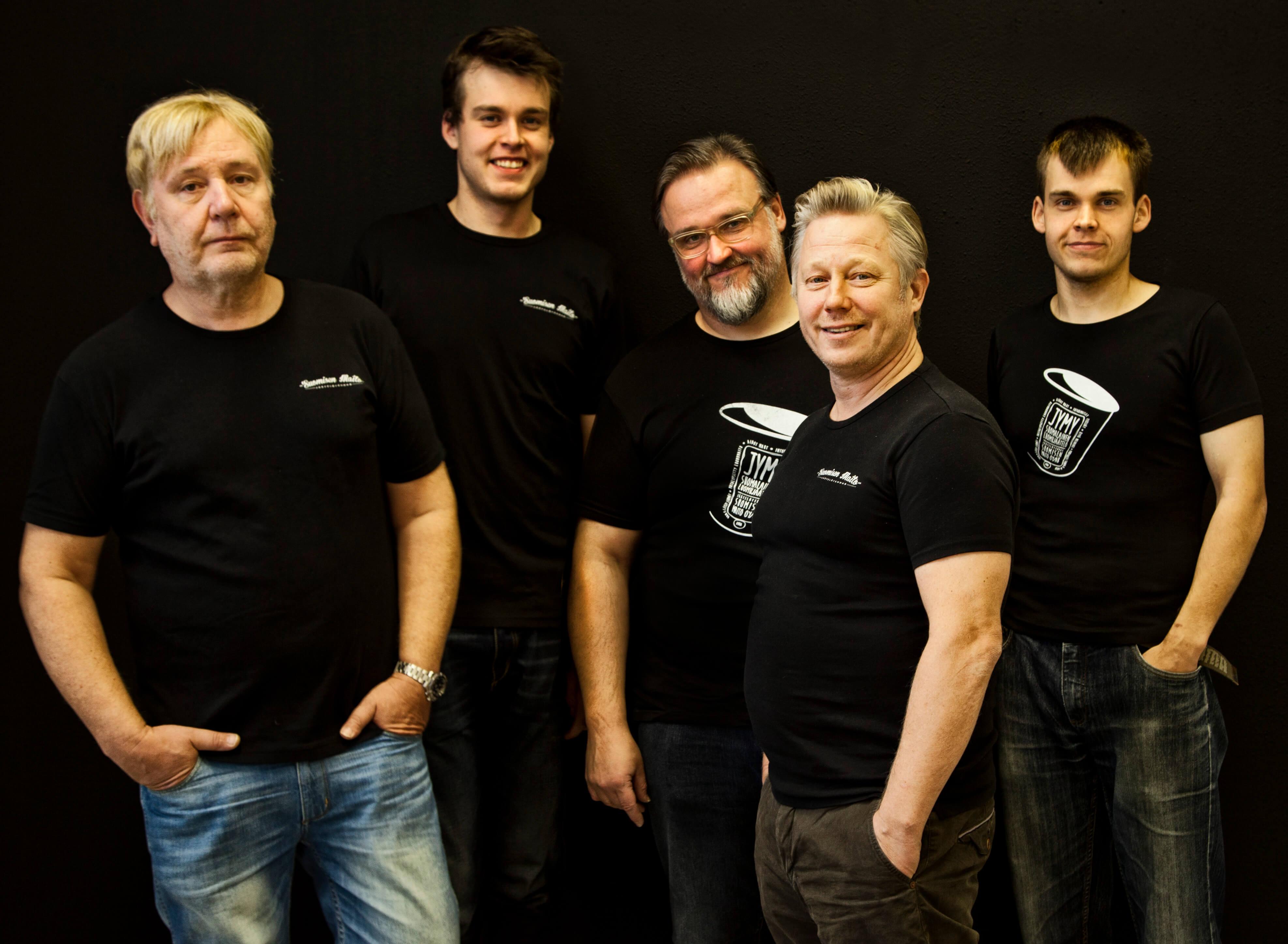 Het team van Jymy met in het midden Horst Neumann